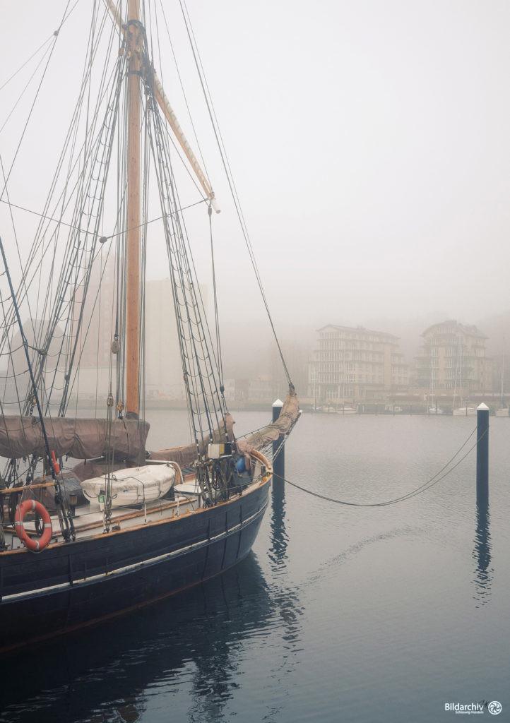 Museumshafen Flensburg Nebel
